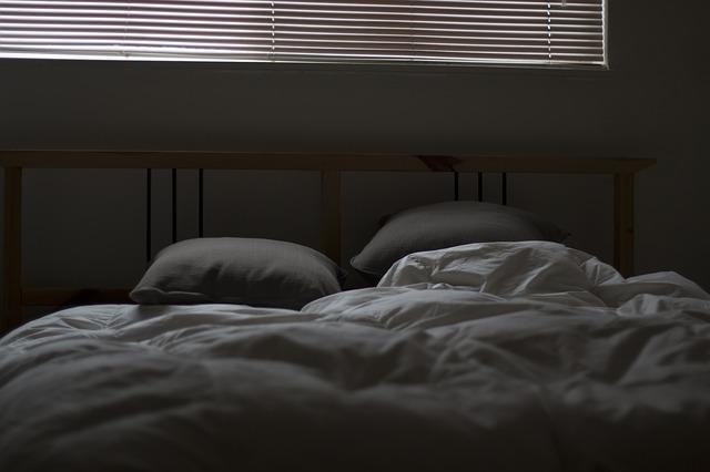 ベッドマットレスと羽毛布団にカビが!