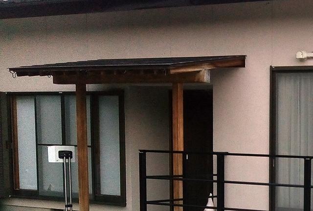 銅製の雨樋を撤去。コンクリートに悪影響